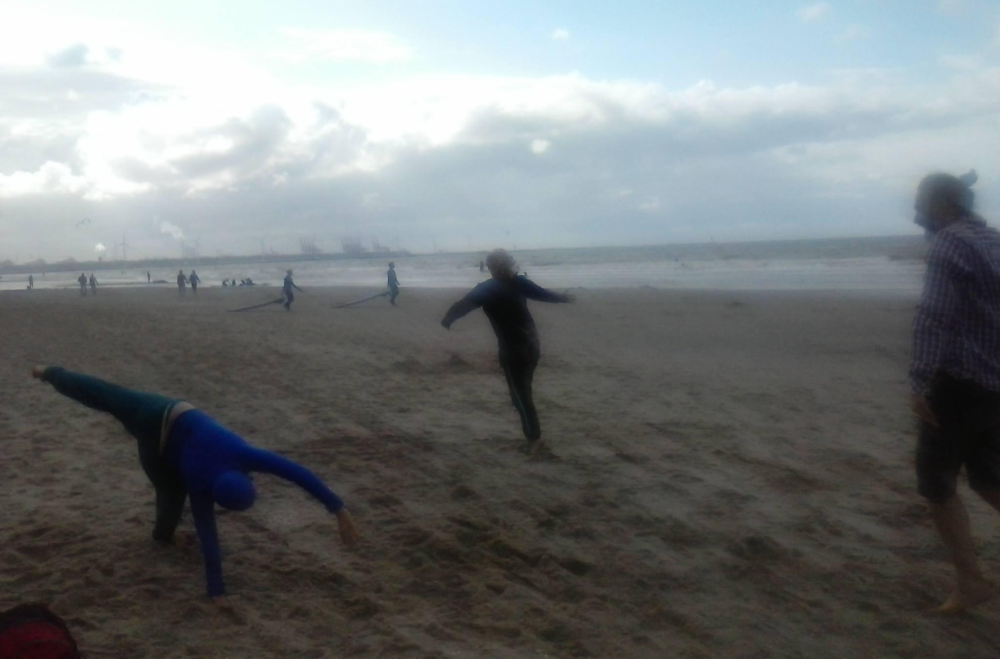 dansen op 't strand 2016 - foto: Karin van Etten